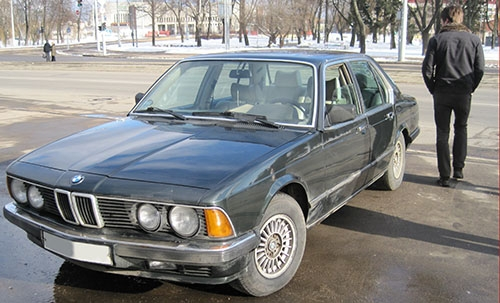 Покупка BMW e23 735i Highline