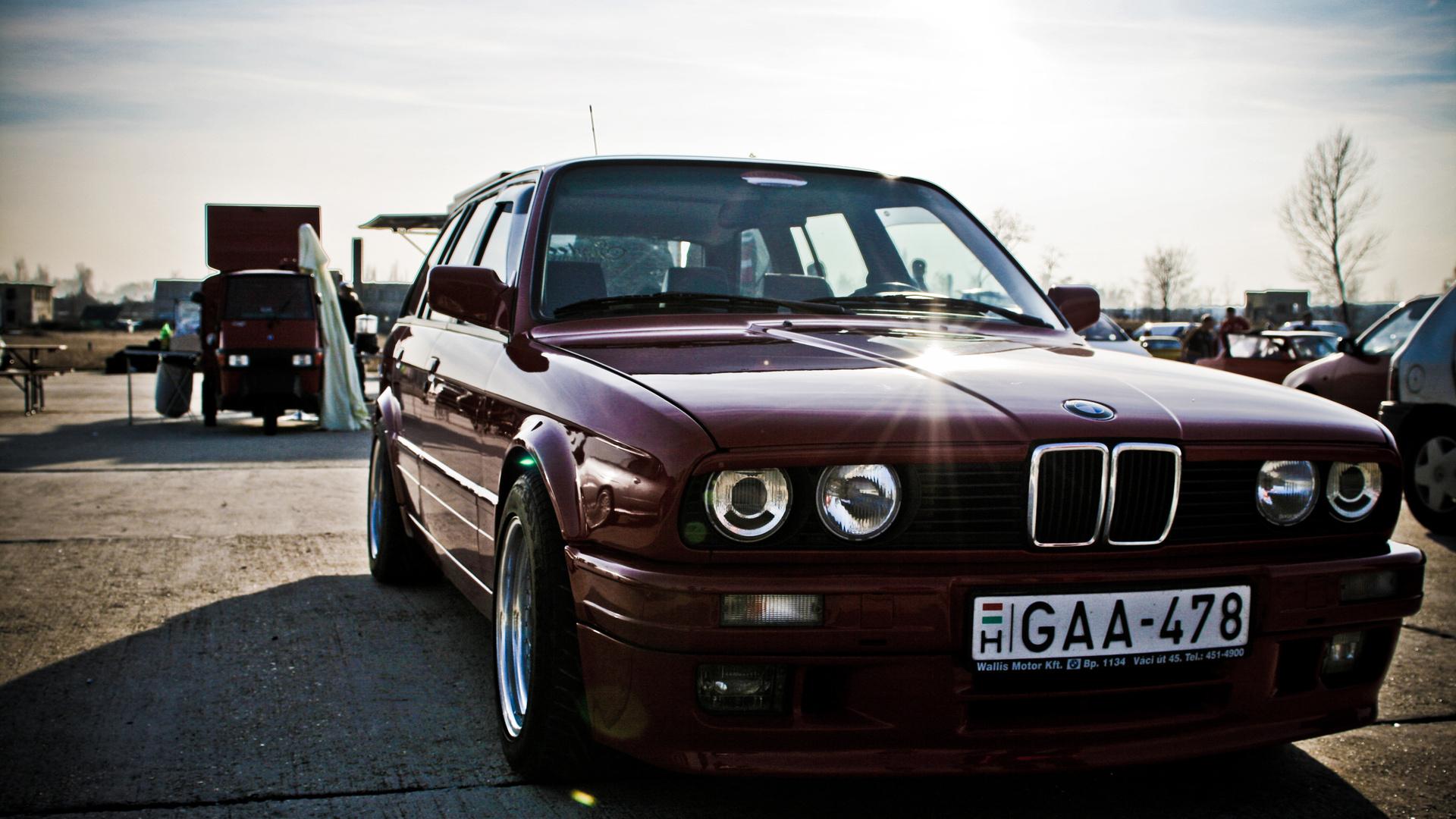 BMW 3 серия E30
