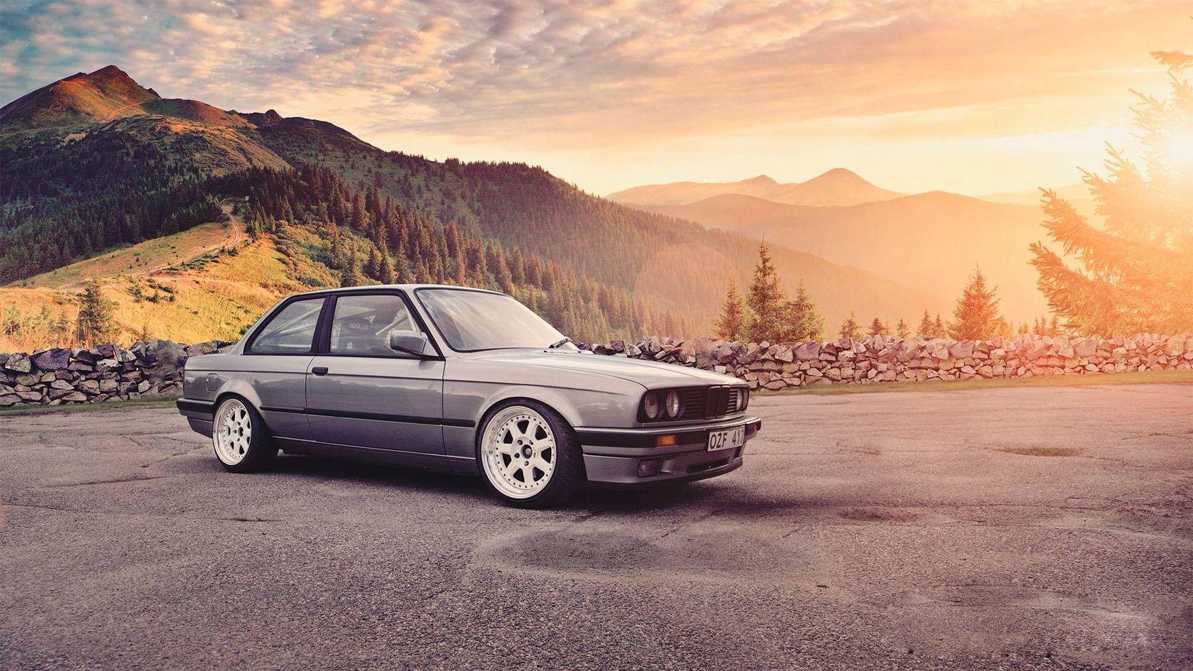 BMW 3 E30