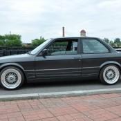 BMW 3 черная
