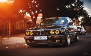 BMW E30 желтые фары