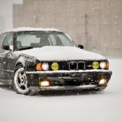 BMW 5 желтые фары