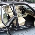 BMW 7 светлый салон
