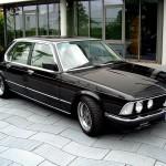 BMW E23 черная