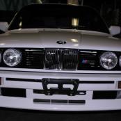 BMW E30 M3 белая