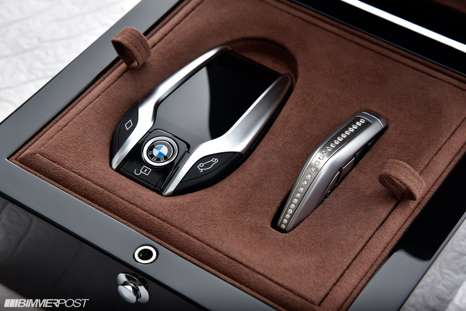 bmw 7li xdrive solitaire