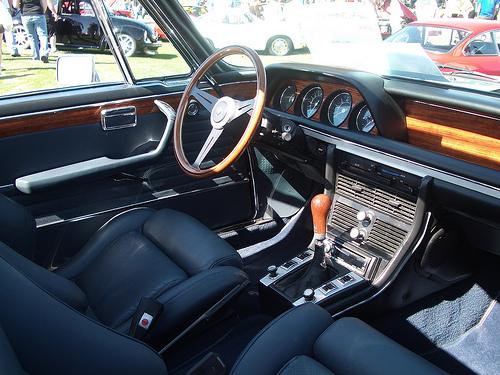 водительское место в BMW CSL e9