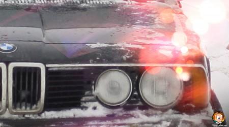 BMW Лед на капоте