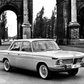 BMW 1500 в городе