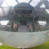 Боровая кабина вертолета