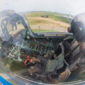 Боровая кабина пилота истребителя