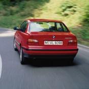 BMW E36 красная