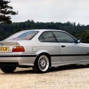 BMW E36 купе серебрянная