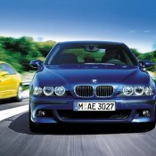 BMW M5 E39 синяя