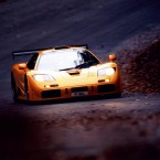McLaren F1 на дороге