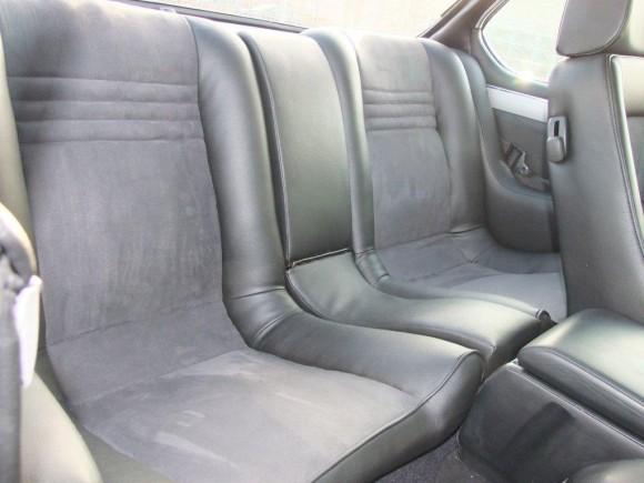 BMW E9 M5 диван