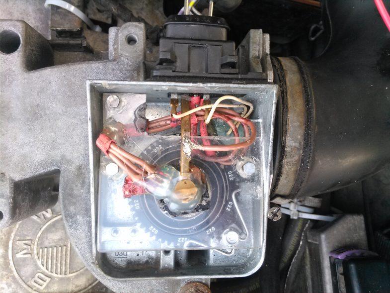 Бесконтактный расходомер на BMW M30